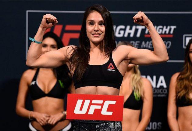 Alexa Grasso tar hem ensidig poängvinst över Heather Jo Clark i UFC-debuten