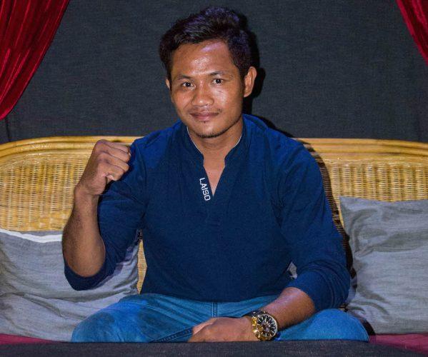 Du missade väl inte vårt möte med Kambodjas superstjärna Keo Rumchong?