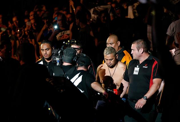 """Mark Hunt bekräftar sin match under UFC 209: """"Tillbaka på jobbet"""""""