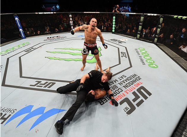 Gratismatch: Se Robert Whittakers brutala knockoutvinst över Brad Tavares