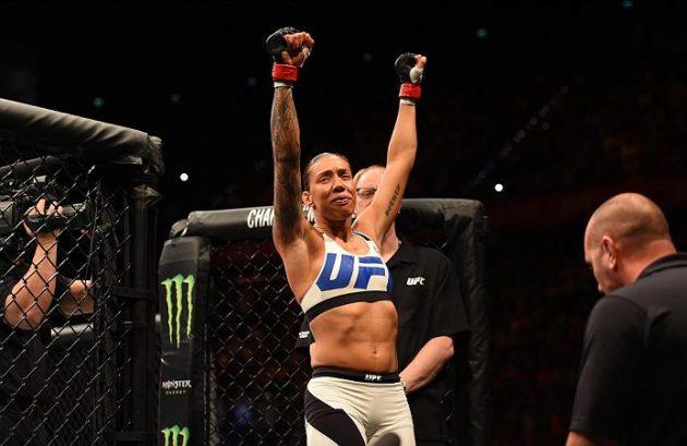 Germaine de Randamie vinner via domslut och blir UFCs nya fjäderviktsmästarinna