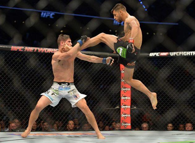 Återupplev den bonusvinnande matchen mellan Yair Rodriguez och Charles Rosa