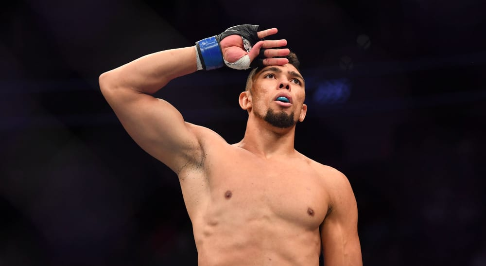 UFC MMA: UFC 235-Johnny Walker /© Stephen R. Sylvanie-USA TODAY Sports