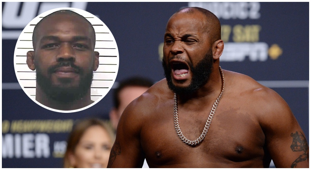 Daniel Cormier Jon Jones (© Gary A. Vasquez-USA TODAY Sports)