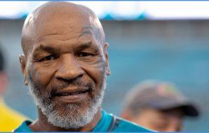 Mike Tyson (© Douglas DeFelice-USA TODAY Sports)