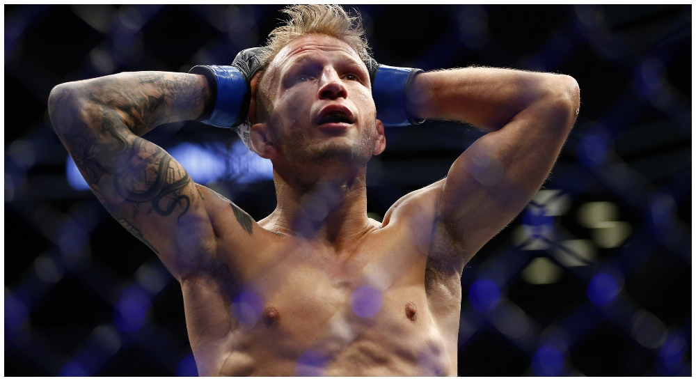 TJ Dillashaw (© Noah K. Murray-USA TODAY Sports)