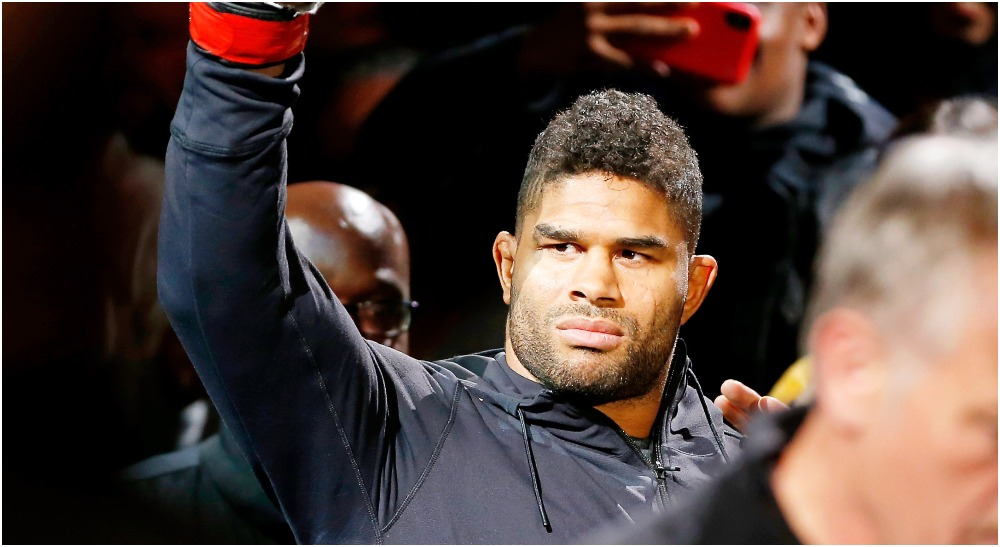Alistair Overeem (© Amber Searls-USA TODAY Sports)